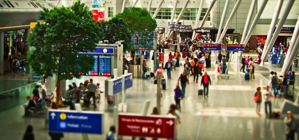 Aeropuertos más inteligentes gracias a las soluciones de IDEMIA